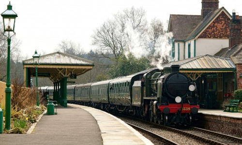 Kingscote Station Jigsaw Puzzle