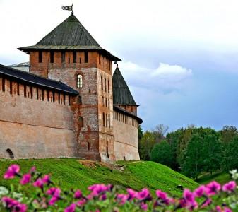 Kremlin of Novgorod Jigsaw Puzzle