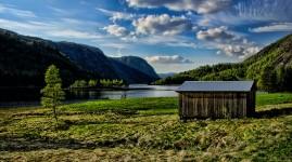 Lake Shed