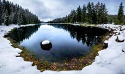 Lake Shiroka Polyana