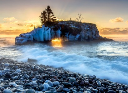 Lake Superior Sunrise Jigsaw Puzzle