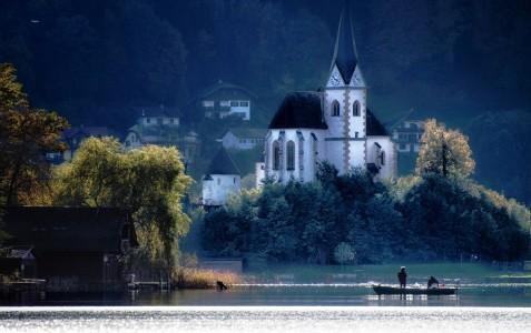 Lake Wörthersee Jigsaw Puzzle