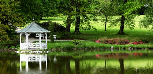 Lakeside Gazebo Jigsaw Puzzle