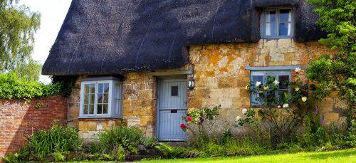 Limestone Cottage Jigsaw Puzzle