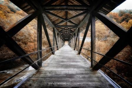 Long Wood Bridge Jigsaw Puzzle