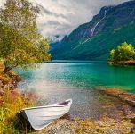 Lovatnet Boat