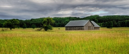 Michigan Barn Jigsaw Puzzle