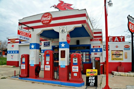 Mobil Service Station Jigsaw Puzzle