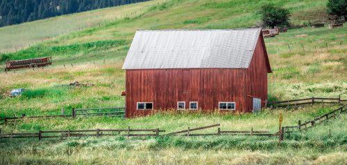 Montana Barn Jigsaw Puzzle