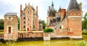 Moulin Castle