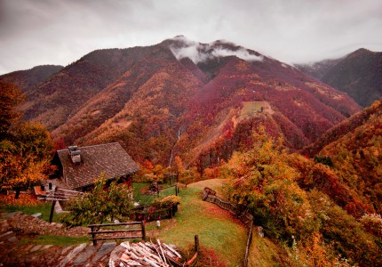 Mountain Home Jigsaw Puzzle