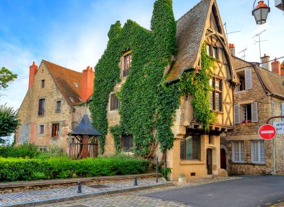 Nevers House Jigsaw Puzzle