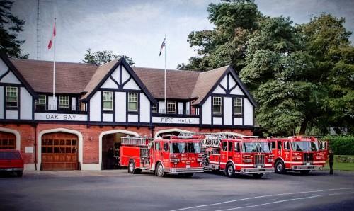 Oak Bay Fire Hall Jigsaw Puzzle