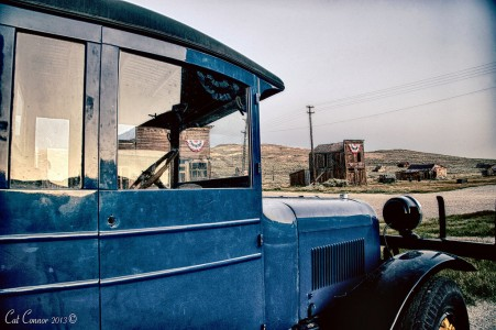 Old Blue Truck Jigsaw Puzzle