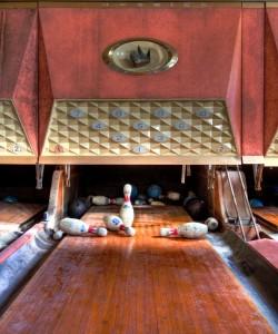 Old Bowling Lane Jigsaw Puzzle