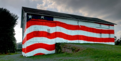 Old Glory Barn Jigsaw Puzzle
