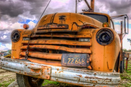 Old Tow Truck Jigsaw Puzzle