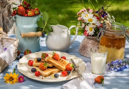 Outdoor Breakfast Jigsaw Puzzle