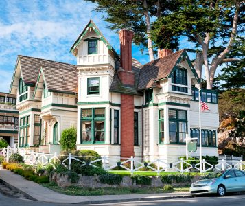 Pacific Grove House Jigsaw Puzzle