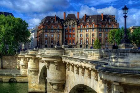Paris Bridge Jigsaw Puzzle
