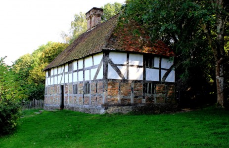 Pendean Farmhouse Jigsaw Puzzle