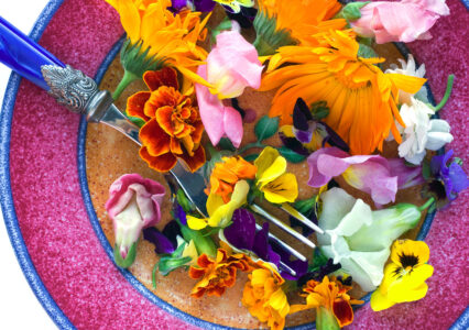 Plate of Flowers Jigsaw Puzzle