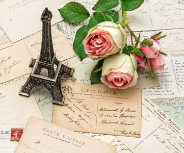 Postcards from Paris Jigsaw Puzzle
