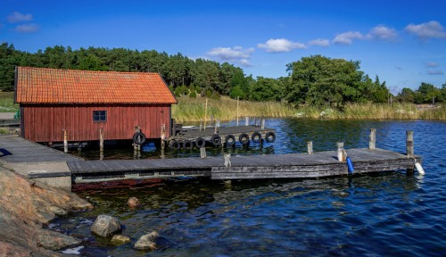 Red Boathouse Jigsaw Puzzle