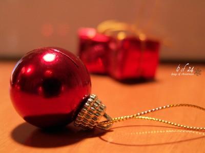 Christmas Ornament Jigsaw Puzzle