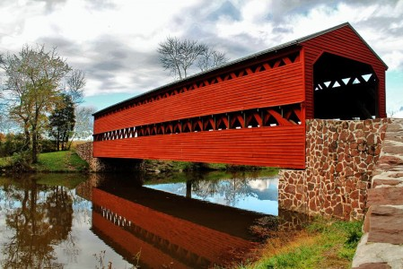 Red Covered Bridge Jigsaw Puzzle