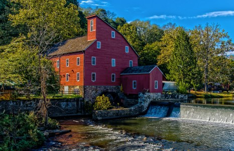 Red Mill Jigsaw Puzzle