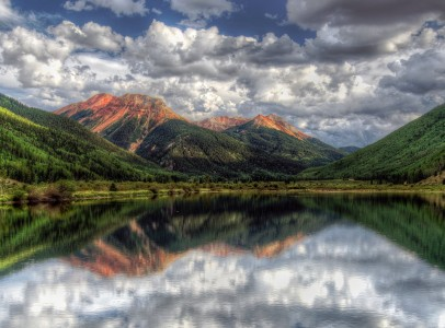 Red Mountain Jigsaw Puzzle