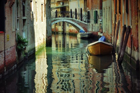 Reflecting Venice Jigsaw Puzzle