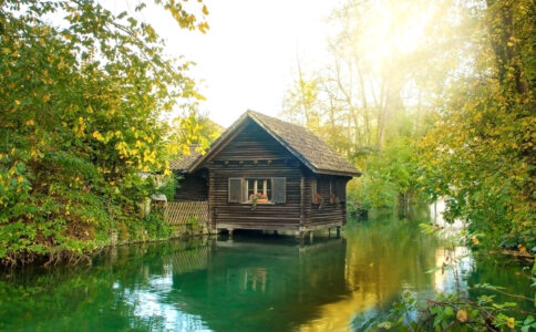 River Cabin Jigsaw Puzzle