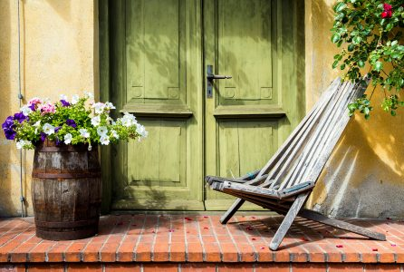 Rustic Porch Jigsaw Puzzle