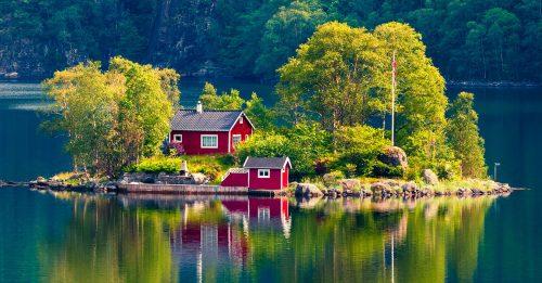 Scandinavian Cottage Jigsaw Puzzle