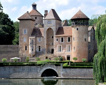 Sercy Castle Jigsaw Puzzle