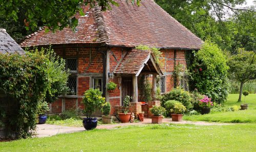 Small Brick Cottage Jigsaw Puzzle