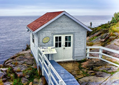 Small Cottage Jigsaw Puzzle