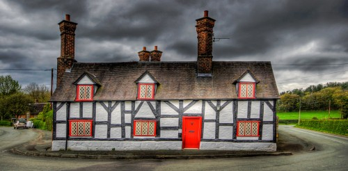 Smithy Cottage Jigsaw Puzzle