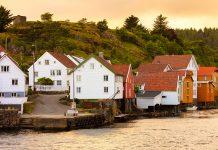 Sogndalstrand Waterfront