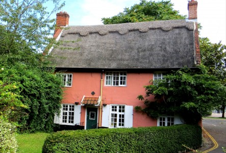 St Swithins Cottage Jigsaw Puzzle