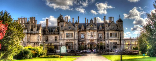 Stoke Rochford Hall Jigsaw Puzzle