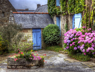 Stone Garden Shed Jigsaw Puzzle