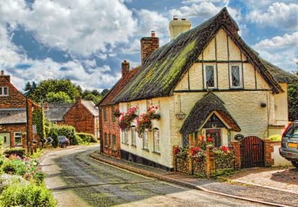 Studham Village Jigsaw Puzzle