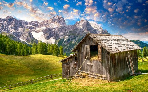 Swiss Barn Jigsaw Puzzle