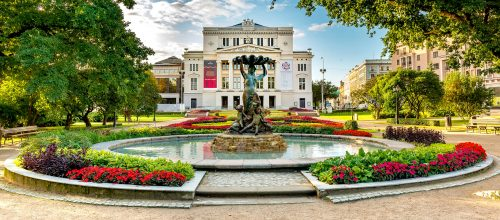 Theater Fountain Jigsaw Puzzle