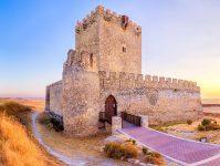 Tiedra Castle