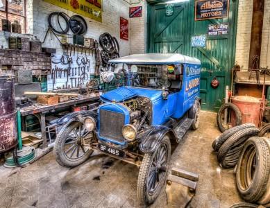 Vintage Garage Jigsaw Puzzle