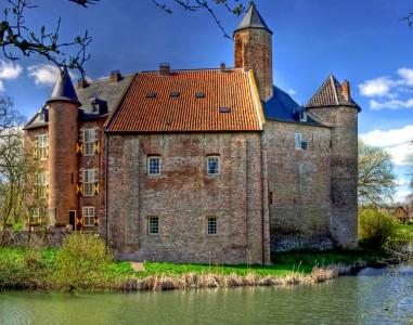 Waardenburg Castle Jigsaw Puzzle